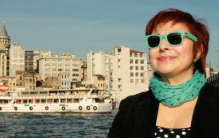 Gentes de Estambul, Buket Uzuner, libro, anfitriona, FOW, escritora, libro