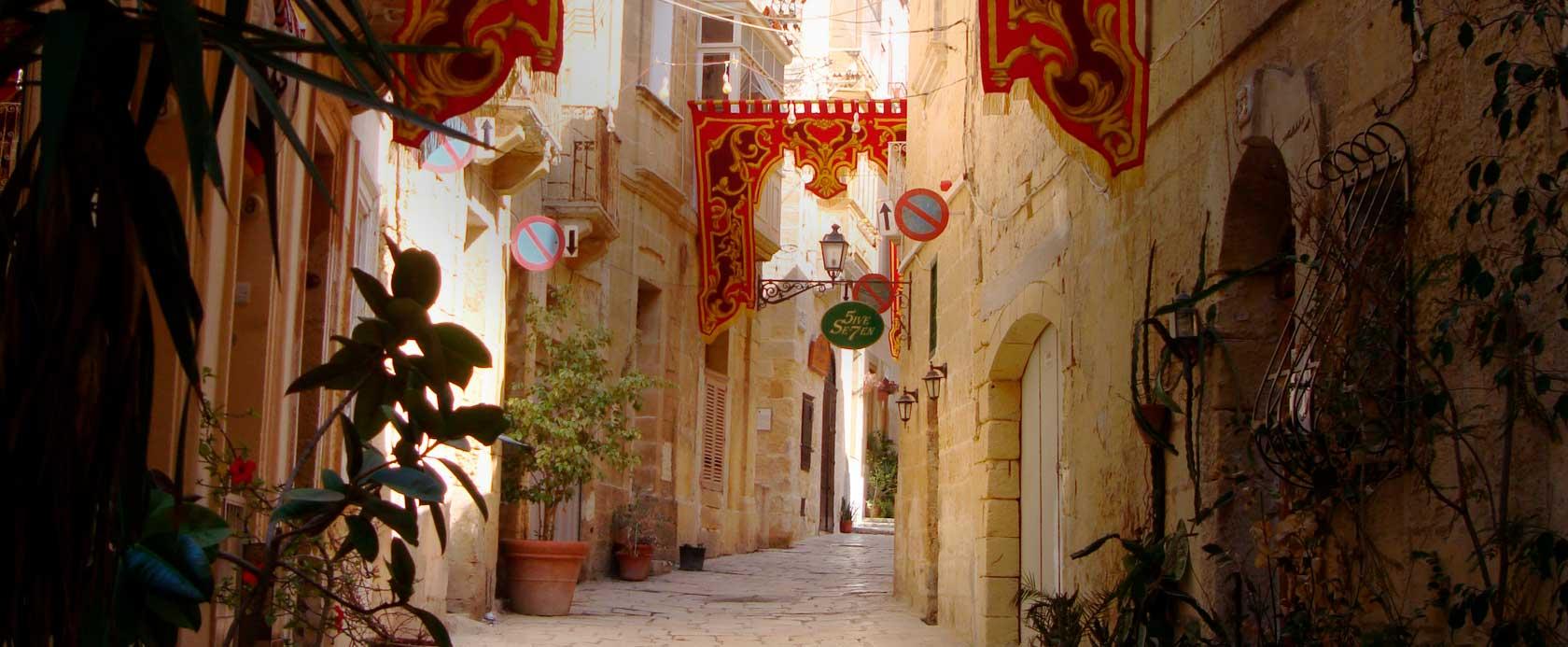 Viajar sola a Malta