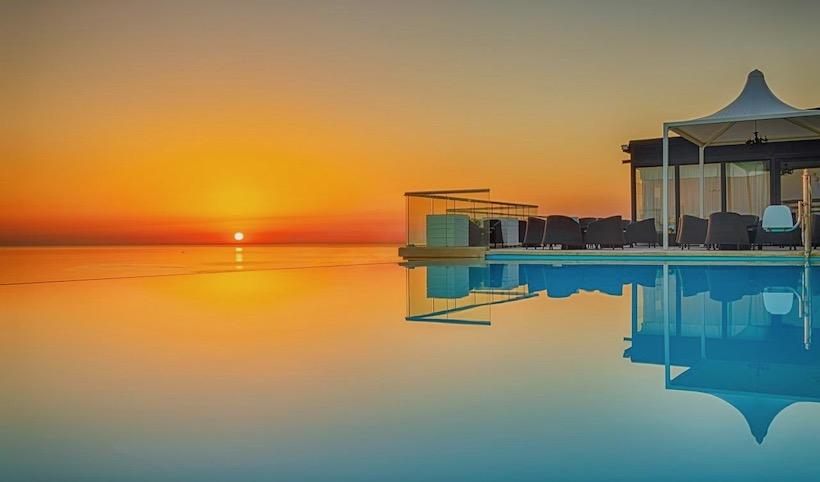 luxury hotel travel solo